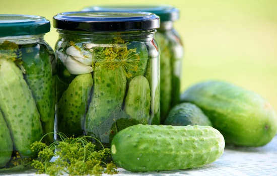 Kitchen-scraps-you-can-reuse-Pickle-juice
